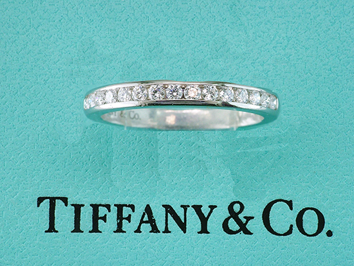 Tiffany & Co. 1/4ct Diamond Platinum Wedding/Anniversary Ring Band $1,745