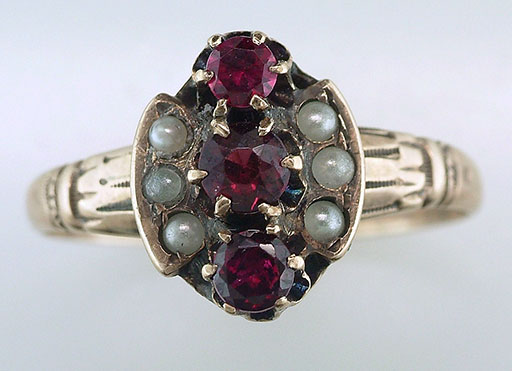 Antique Garnet & Pearl Cocktail Ring  .60ct 14K Yellow Gold Victorian Vintage $385
